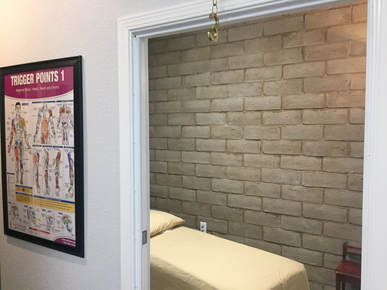Vallejo Chiropractic massage room